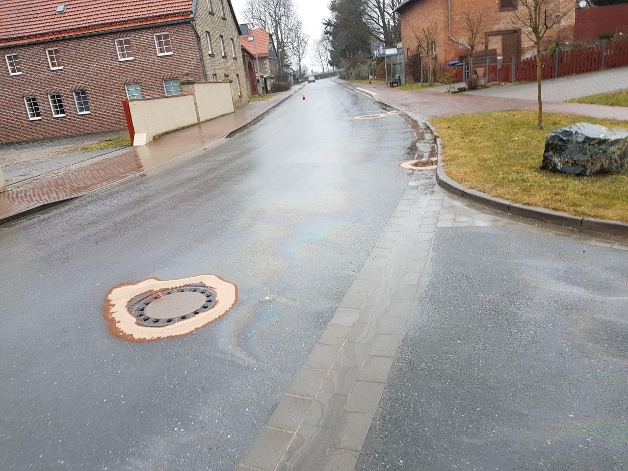 Einsatz Öl1 Salzgitterstraße in Haverlah
