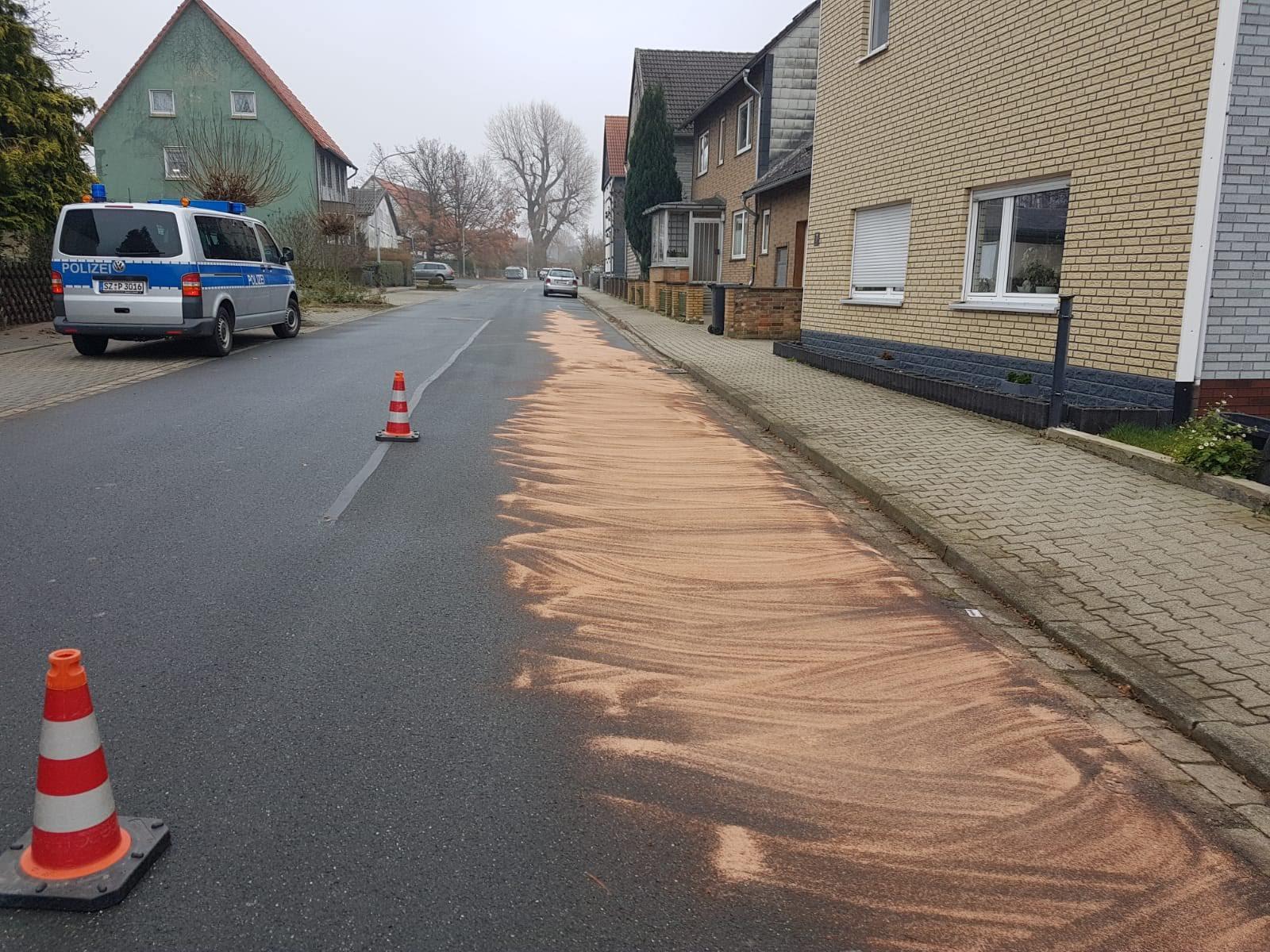 Einsatz Öl1 Feldstraße in Haverlah